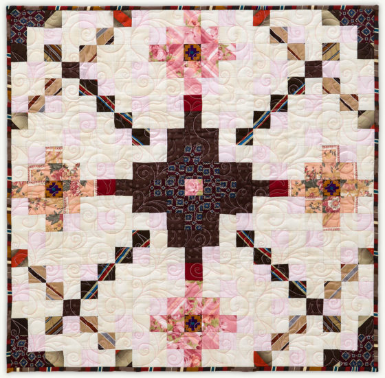 'Clyde&Margaret's Mesa', a memorial quilt designed by Lori Mason